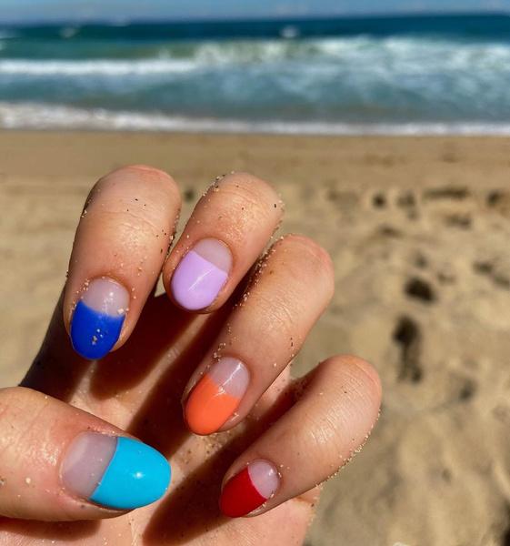 Фото №4 - Летний маникюр 2021: самые трендовые идеи для ногтей любой длины