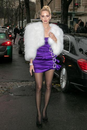 Фото №2 - 13 самых нелепых образов гостей Недели высокой моды в Париже