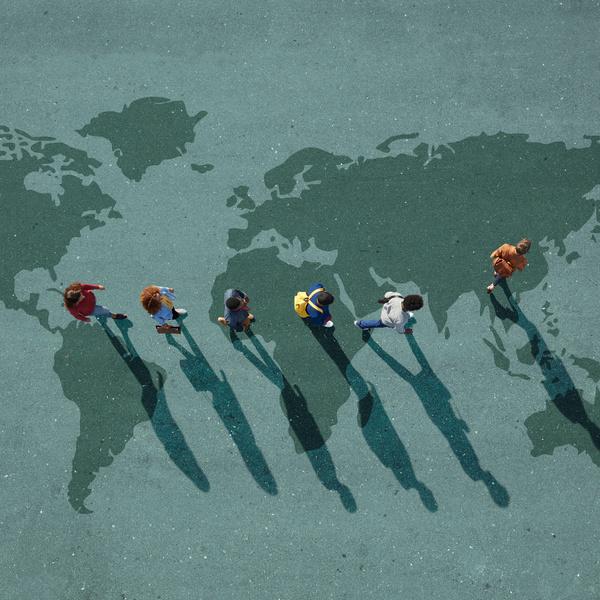 Фото №1 - Хочу учиться за границей! Как уговорить родителей?