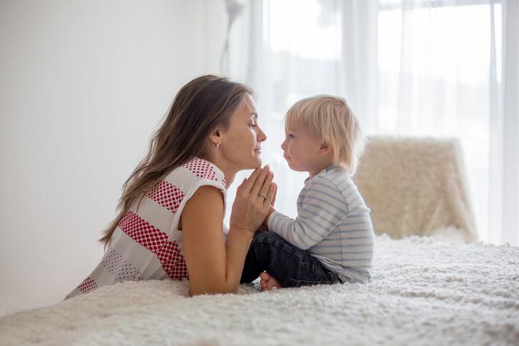 как научить ребенка различать право и лево