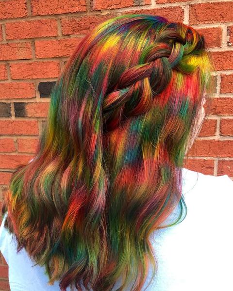 Фото №1 - Fabric-bleached hair: новый тренд в окрашивании волос