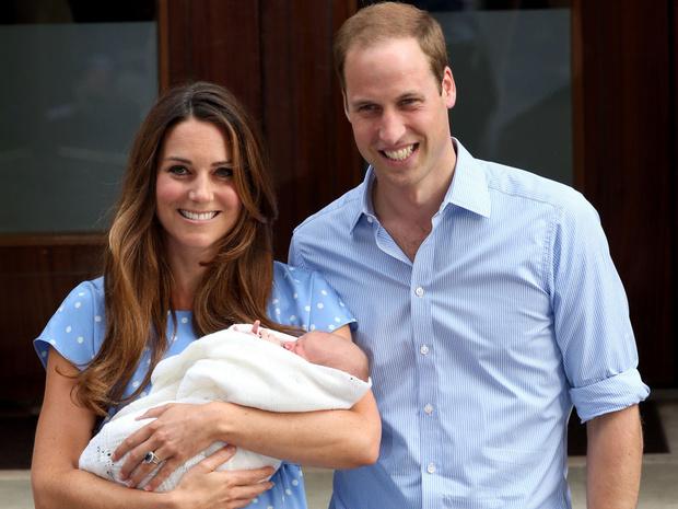 Фото №1 - Почему Кембриджские не хотели сообщать королевской семье о первой беременности Кейт