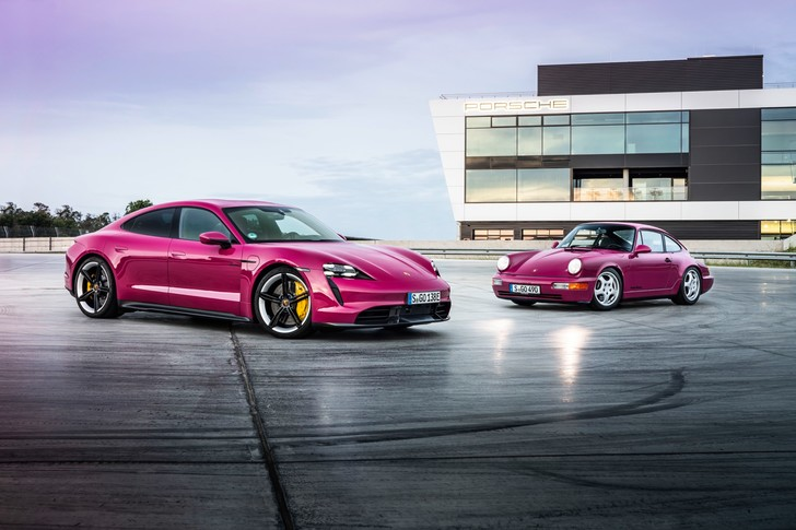 Фото №1 - Обновленный Porsche Taycan ударился в ретро