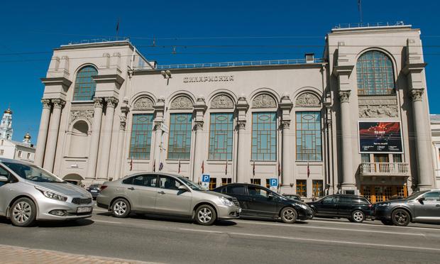 Фото №10 - «Когда на весах стоят мировой филармонический центр и четыре лиственницы, выбор очевиден»