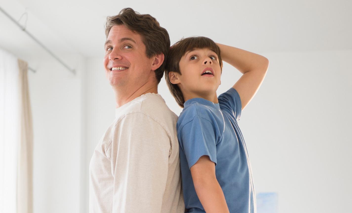 """Результат пошуку зображень за запитом """"папа и дочь одного роста а мама маленькая"""""""