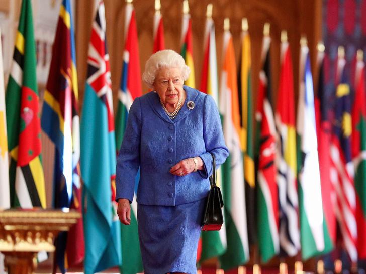Фото №3 - Главная причина, почему Королева не стала наносить «ответный удар» по Сассекским