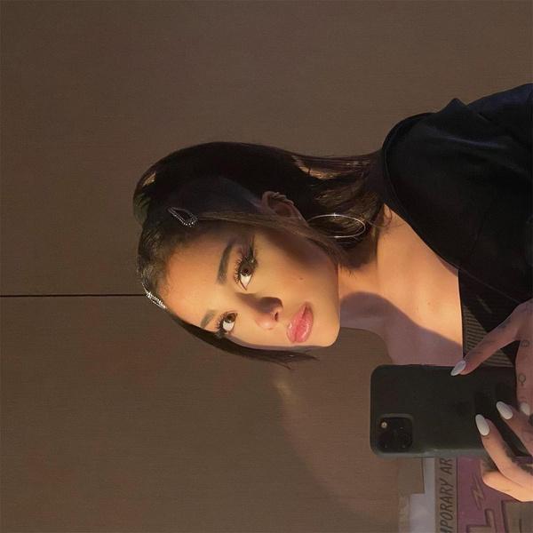 Фото №2 - Три новых песни! Вышла делюкс-версия альбома Арианы Гранде