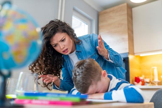 Малыша нередко ругают за его состояние, которое он контролировать не может.