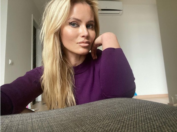 Фото №2 - Вслед за Прокловой: российские звезды массово заявили о домогательствах режиссеров