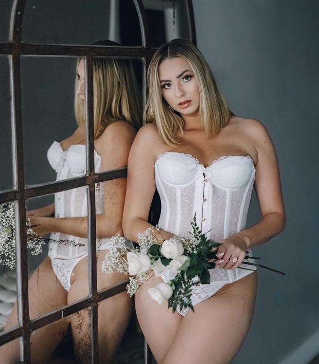 Фото №5 - «О, да!» Рианна выпустила коллекцию прозрачного нижнего белья для невест
