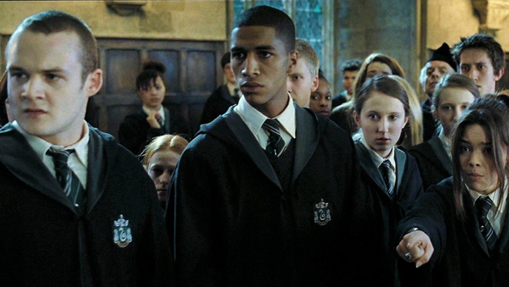 Фото №2 - «Гарри Поттер»: представим, что Пятый из «Академии Амбрелла» стал главным героем ✨
