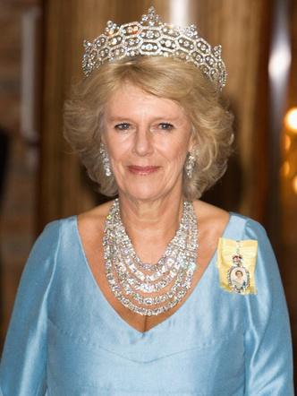 Фото №20 - Шкатулка будущей королевы: любимые украшения герцогини Камиллы