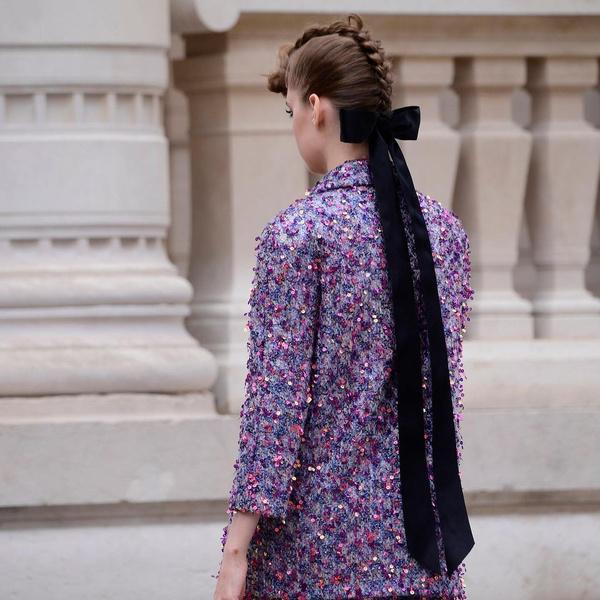 Фото №2 - Коса-ирокез: самый модный бьюти-тренд с подиума 😍