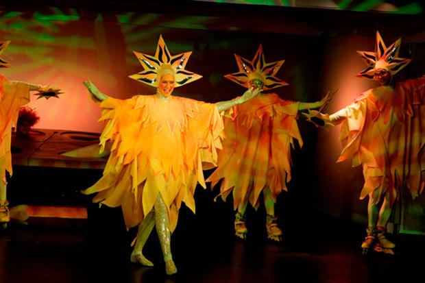 Фото №4 - Театр «Кураж» дарит маленьким зрителям «День в театре»