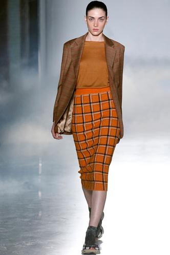 Идеально сидящая юбка-карандаш не создает избыточных заломов
