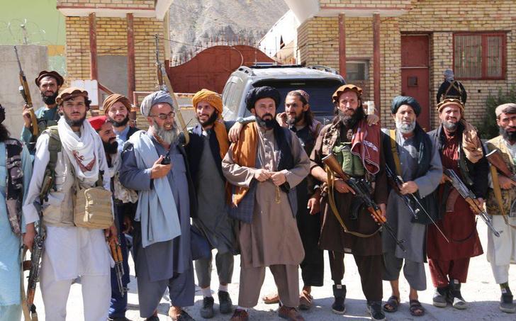 Фото №6 - Охота на ведьм: в Афганистане начались расправы над женщинами легкого поведения