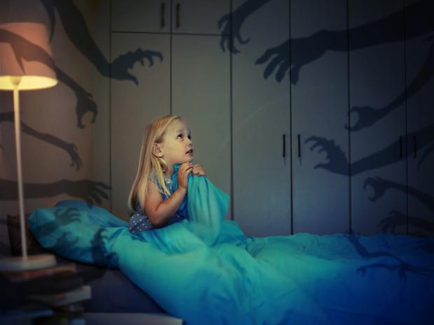 Фото №1 - О чем говорят детские страхи (и как помочь ребенку с ними справиться)