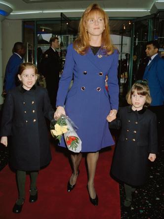 Фото №2 - Главный совет, который Сара Фергюсон дала своим дочерям (но она сама ему никогда не следовала)