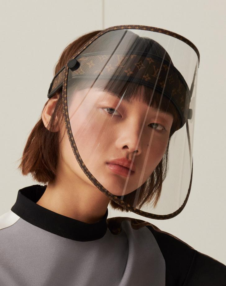 Фото №3 - Модный аксессуар: защитный экран Louis Vuitton