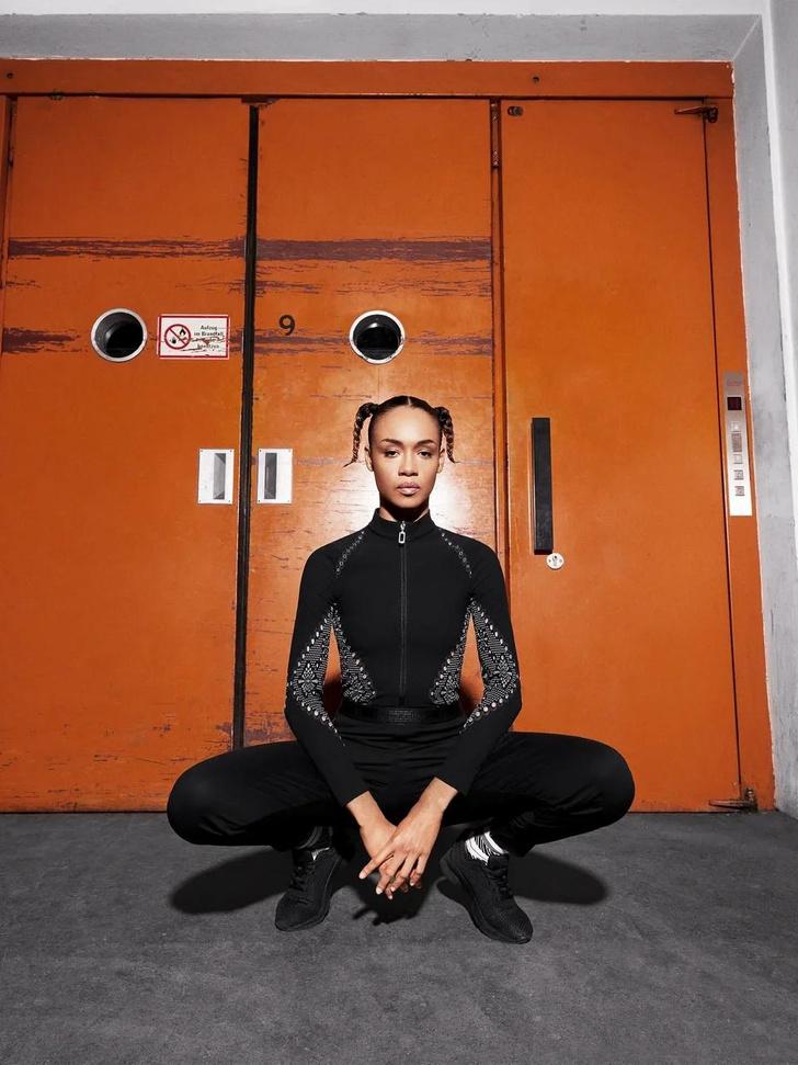 Фото №56 - Новый эпизод подкаста об истории Dior и другие модные новости недели