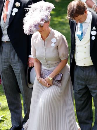 Фото №7 - Одним цветом: как королевские особы носят монохромные образы— 30 вдохновляющих примеров