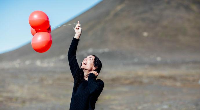 Радоваться жизни: несмотря на невзгоды