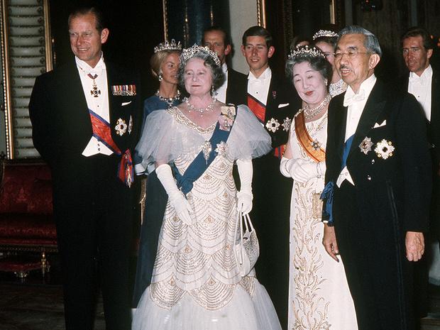 Фото №3 - Без компромиссов: что не поделили принц Филипп и королева-мать