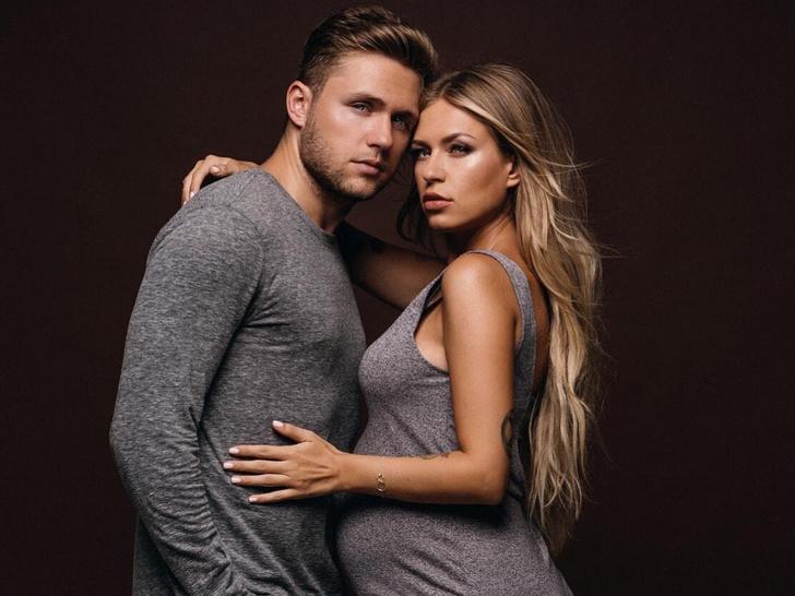 Фото №1 - Влад Соколовский: «Когда Рита сказала мне, что беременна, я подумал, что это какой-то прикол и жена меня разводит»