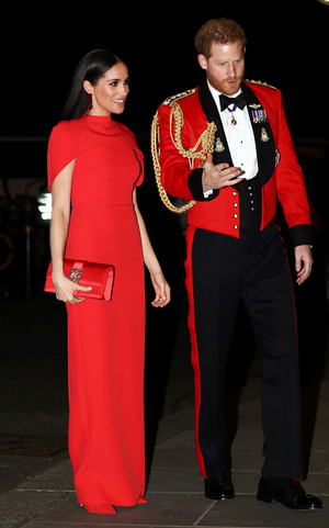 Фото №17 - Их модные Высочества: лучшие парные образы Меган и Гарри