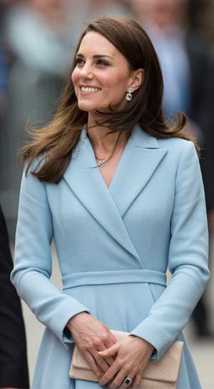 Фото №23 - Гардероб на миллион: самые дорогие наряды герцогини Кейт