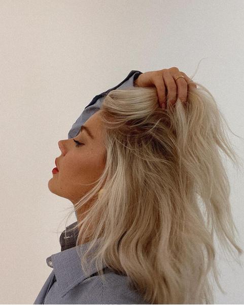 Фото №1 - Как ухаживать за кожей головы