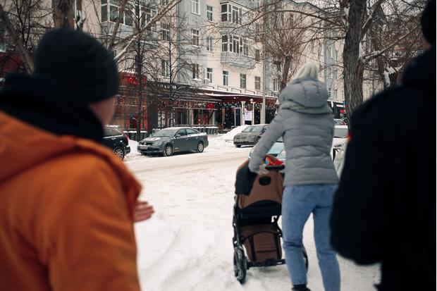 Фото №22 - «Роковые яйца»: прогулка по улице Ленина с актером Егором Овечкиным