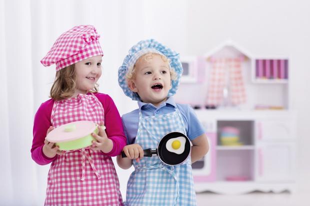 Фото №1 - Кухонные гаджеты и первая посуда