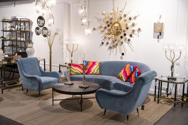 Фото №2 - Обновленная коллекция мебели Eichholtz
