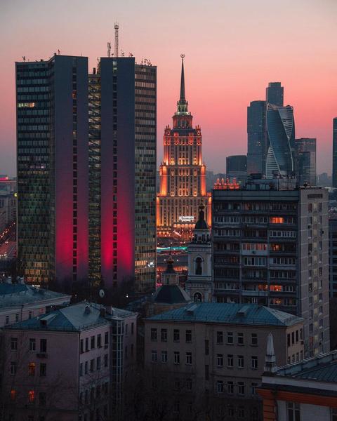 Фото №1 - Семь холмов: куда пойти погулять в Москве 🏰