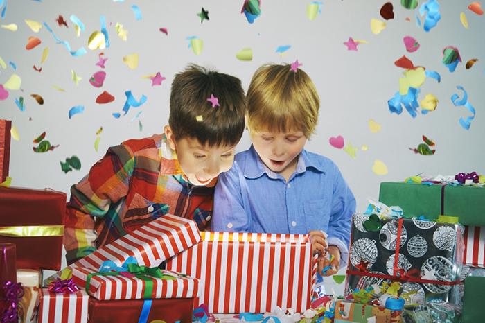 Фото №1 - Антикризисный план: новогодние подарки детям на любой бюджет