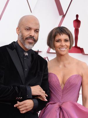 Фото №5 - «Оскар-2021»: самые красивые звездные пары церемонии