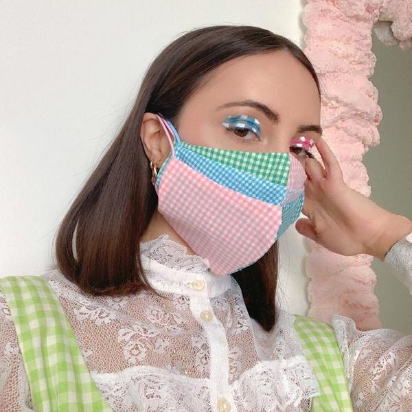 Фото №3 - Как носить маски и перчатки в жару 🔥