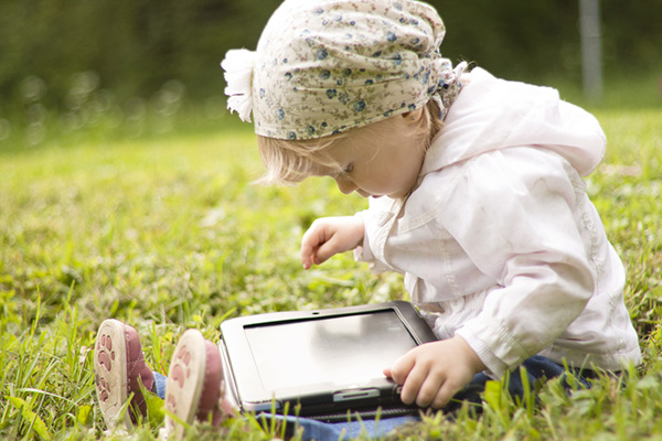 Фото №1 - Дети и родители в соцсетях: правила безопасности