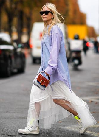 Фото №10 - Отсутствие цвета и одежда «на будущее»: 7 плохих привычек, которые портят ваш стиль