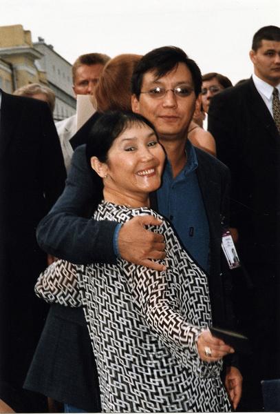 Наталья Аринбасарова с сыном Егором Кончаловским