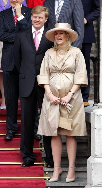 Фото №46 - Стильное положение: как одеваются беременные королевы, принцессы и герцогини