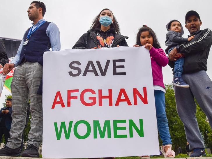 Фото №4 - Убийства, пытки и сексуальное насилие: что ждет женщин Афганистана при «Талибане»