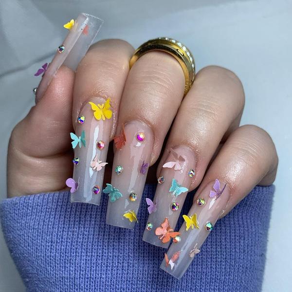 Фото №19 - Позалипать и вдохновиться: 45 крутых идей маникюра для длинных ногтей 💅