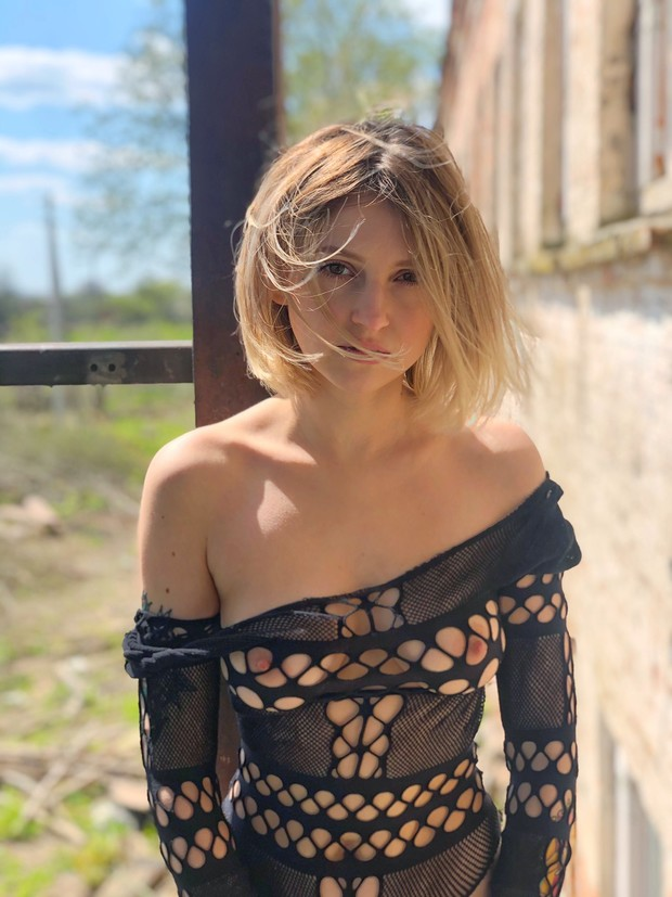 Фото №20 - #Нюдсочетверг: откровенные фотографии самых красивых девушек из «Твиттера». Выпуск 5