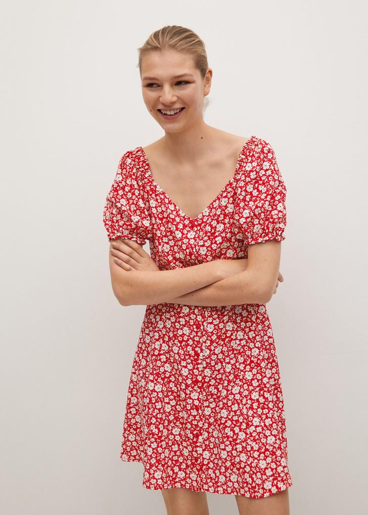 Фото №2 - Летом всем нам нужно платье в цветочек. Вот 20 нежных вариантов