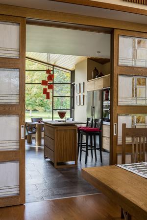 Фото №6 - Подмосковный дом в стиле Фрэнка Ллойда Райта