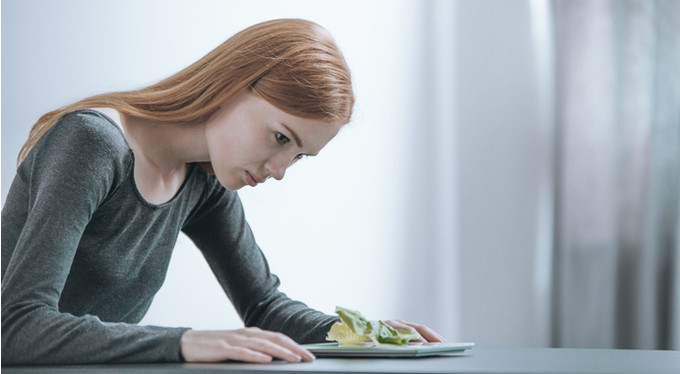 Анорексия у отличниц: понять, помочь, не навредить