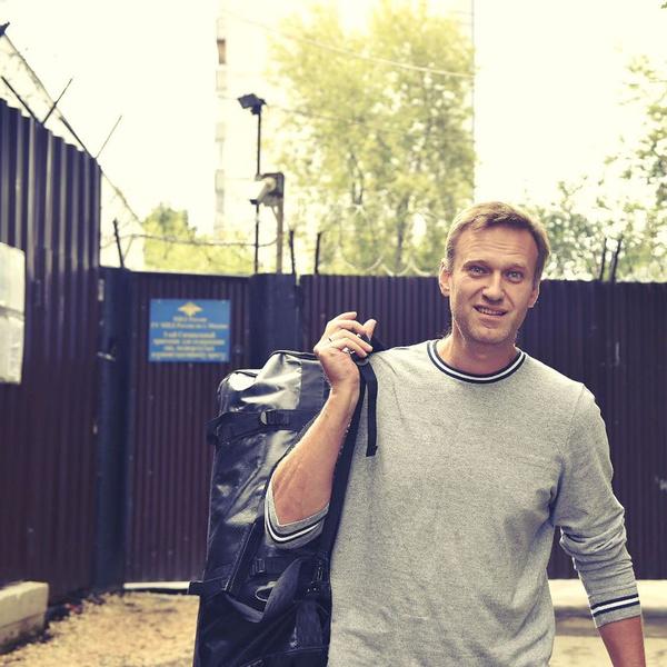 Фото №2 - Немецкие СМИ: отравитель хотел, чтобы Навальный умер в самолете