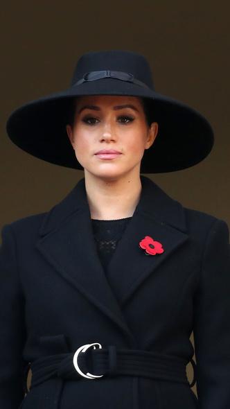 Фото №8 - Подражая Диане: культовые образы принцессы Уэльской, которые повторили Кейт и Меган